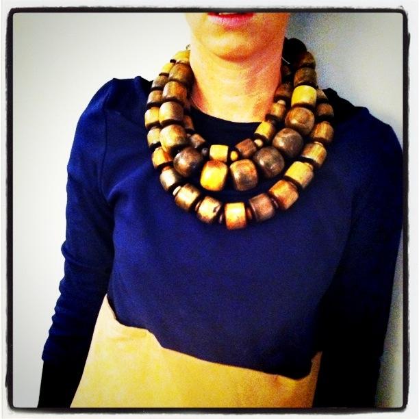 Natori wooden necklace