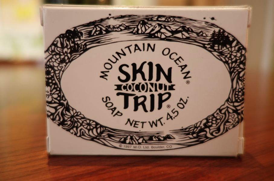 Skin trip -- a mixture of coconut and hippy smell. Brings me back home.