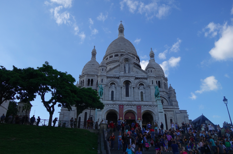 Sacre Coeur. Geez, it's beyond beautiful,