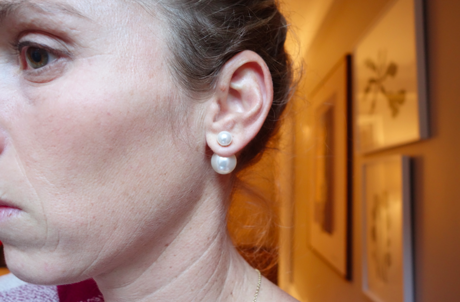 Front view -- multidimensional earrings.