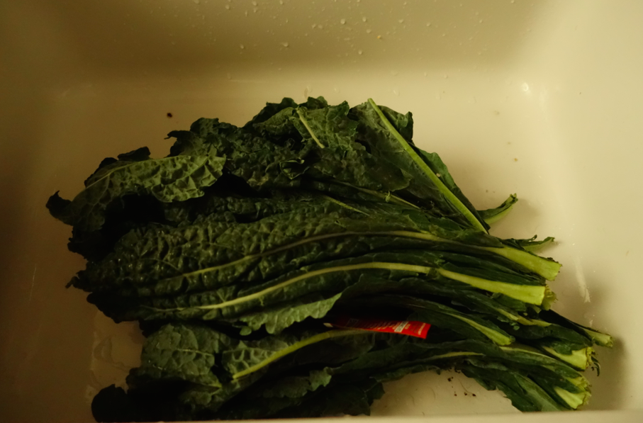 Wash and chop the kale.