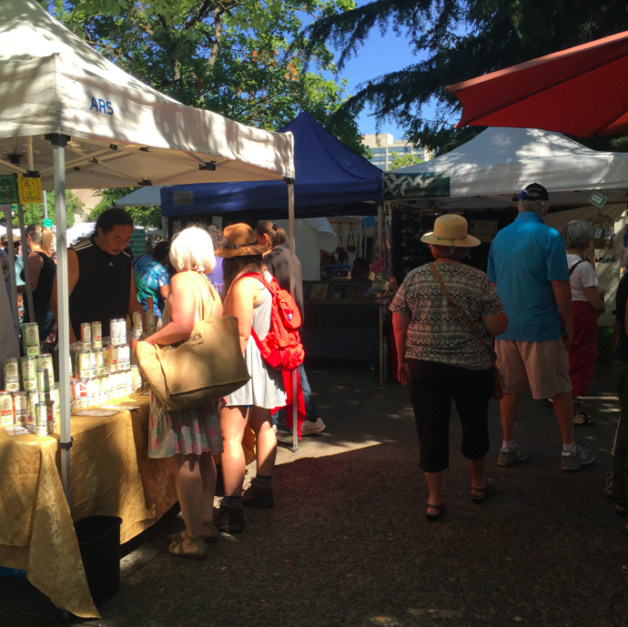 Over 200 local artisans come to sell their handmade goods, rain or shine.