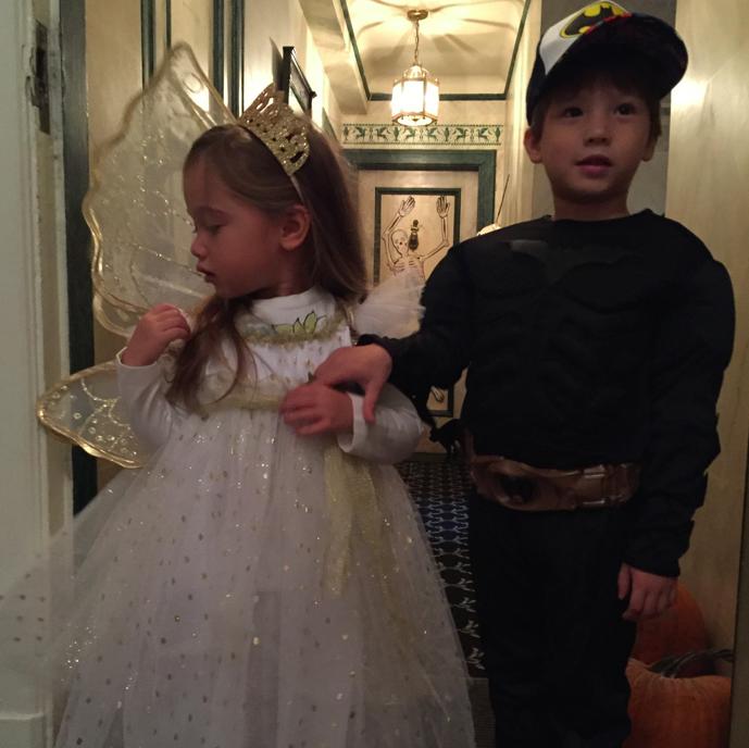 Mandatory Halloween Photo.