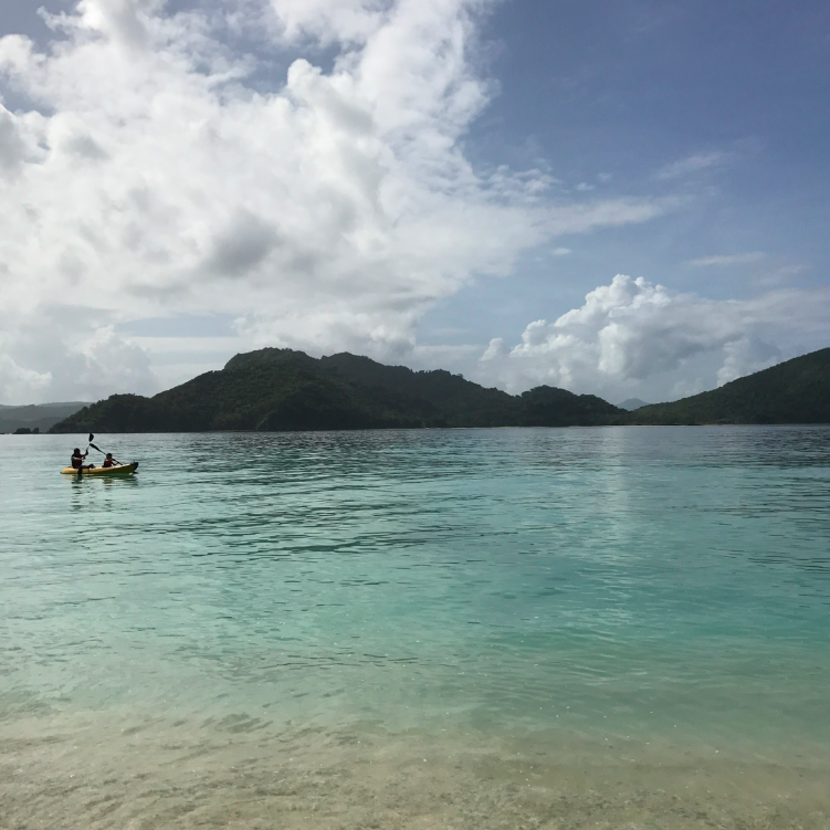 When we were there, we didn't just hang out and lounge. Quite the contrary as the island offers so much natural beauty that we were exploring every free minute. We kayaked (here is Cruzzie and Ken), hiked, went caving, kayaked in the lagoons, went to feed jack fish and MORE.