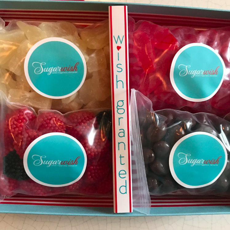 Yes, my selection looks random, but I love it: swedish fish (for my son), chocolate raisins (for me), raspberries (for my daughter) and dried pineapple (for me).