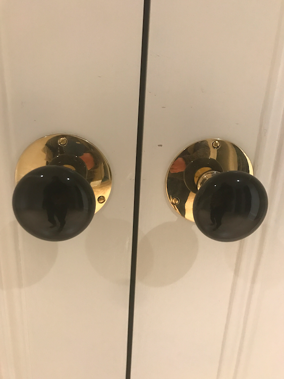 A little detail in the apartment with these unique door knobs on every closet and door.....