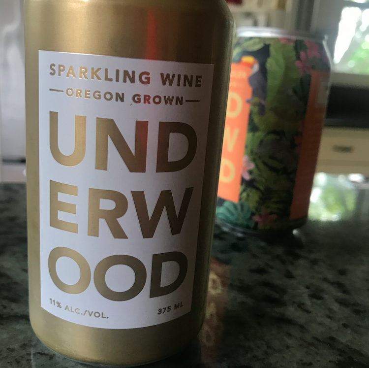 Gold = sparkling. Makes sense.